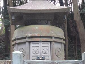 家康の墓.jpg