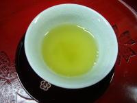 白茶湯呑.jpg